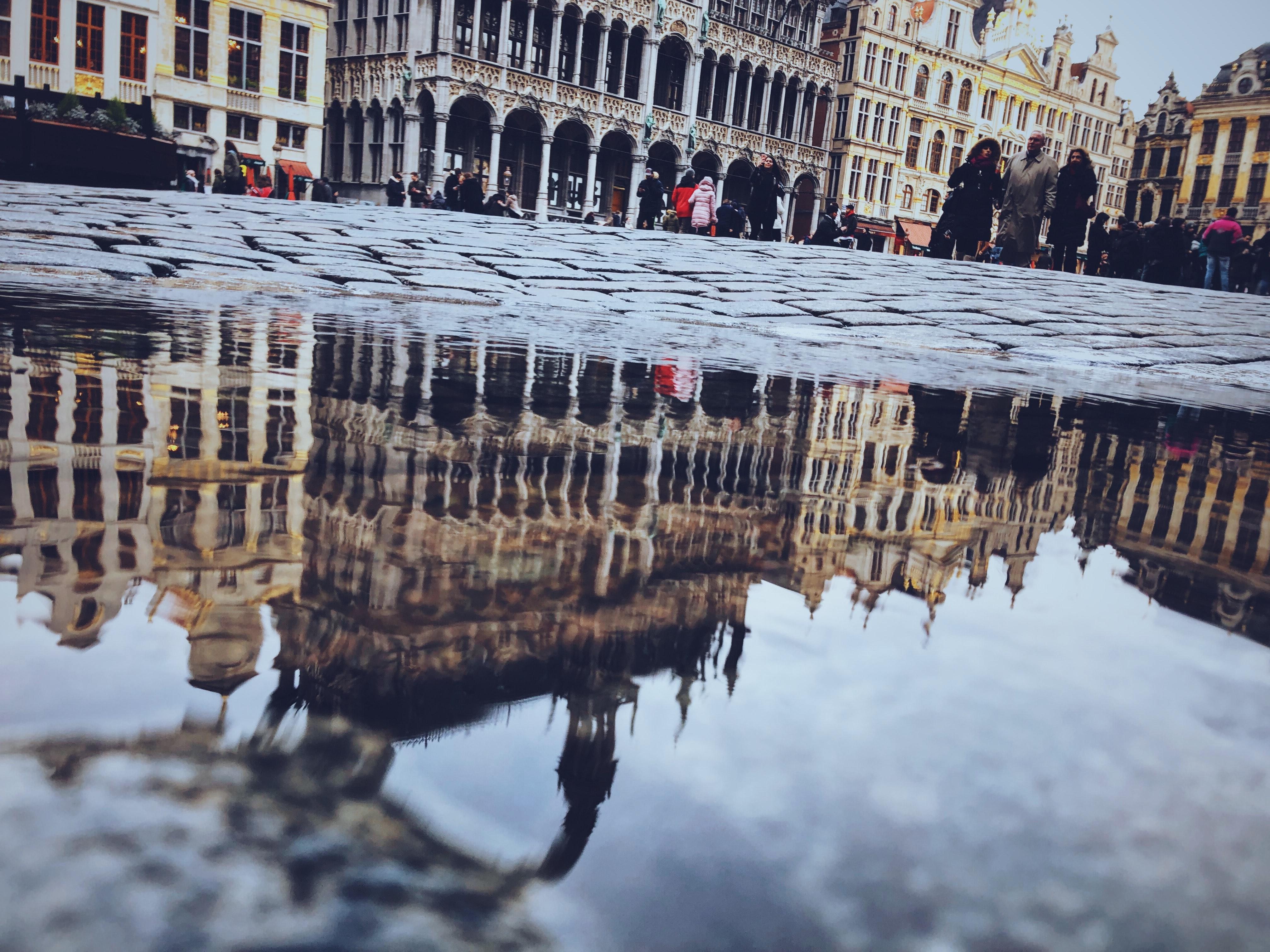 Photo de la grande place avec vue sur l'hotel de ville de Bruxelles